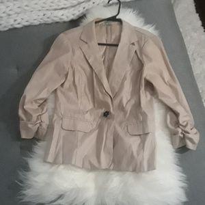 3/4 blazer with ruching and ruffles